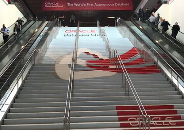 Super Color Digital Floor Stair Visual Communication Solutions Trade Show Events Outdoor Retail products Apparel Store POP Product Display