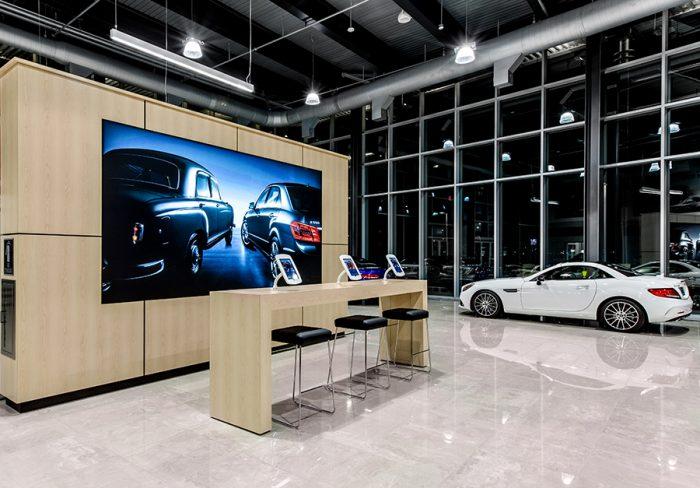 edge-lit-light-boxes-sample-automotive